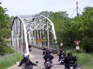 One-lane bridge in Cannon Falls